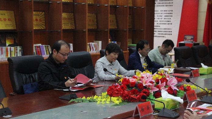 党史学习教育省委巡回指导组在江西新能源科技职业学院指导工作