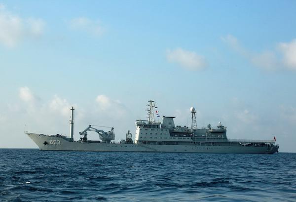印尼海军:中国海军已抵巴厘岛,帮助打捞失事潜艇