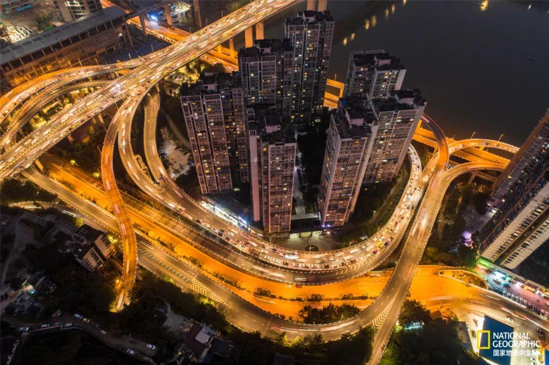 远眺重庆,连我的目光都崴了脚