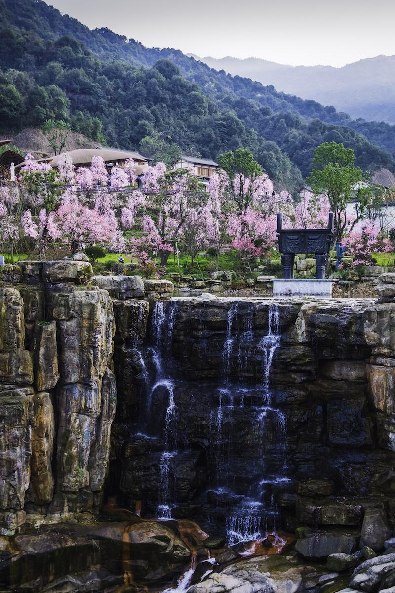 葛仙村村口