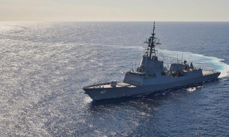 澳大利亚军舰在美海域撞死濒危鲸鱼 美方介入调查