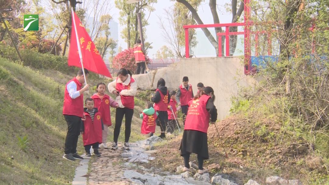 """上饶广丰区:闪亮的""""红马甲"""" 纯洁的""""志愿心"""""""