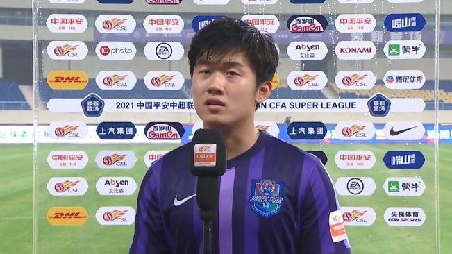 天津小将杨梓豪:踢中超是儿时梦想,有机会的话还会留在这