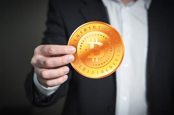 数字货币价值超过16万亿元 首次超过美元