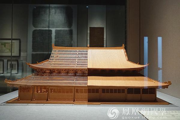 展品《海幢寺大雄宝殿模型》(图片来源:凤凰网国学 摄影:王子轩)