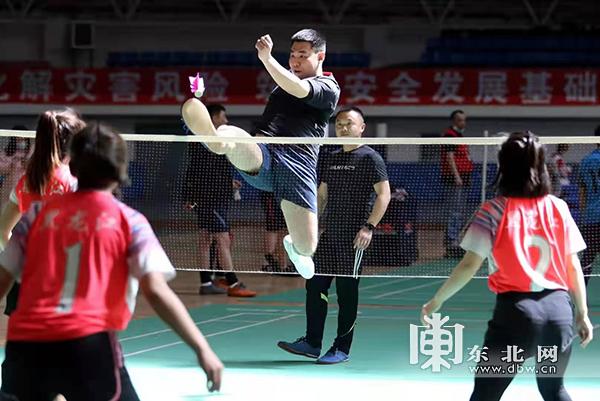 黑龙江省第二届毽球公开赛比赛现场。