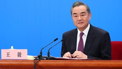 巴以冲突升级 王毅邀请巴以代表来中国举行谈判