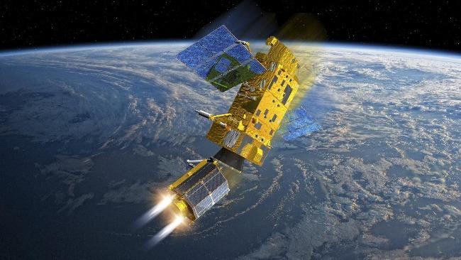 """俄日卫星在太空""""擦肩而过"""",最近仅有200米"""