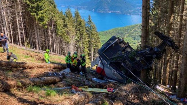 意大利一纜車墜落,已致9人死亡