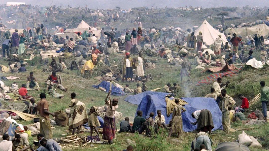"""近百万人被杀,马克龙承认法国对卢旺达种族灭绝""""有责任"""",但非""""帮凶""""插图"""
