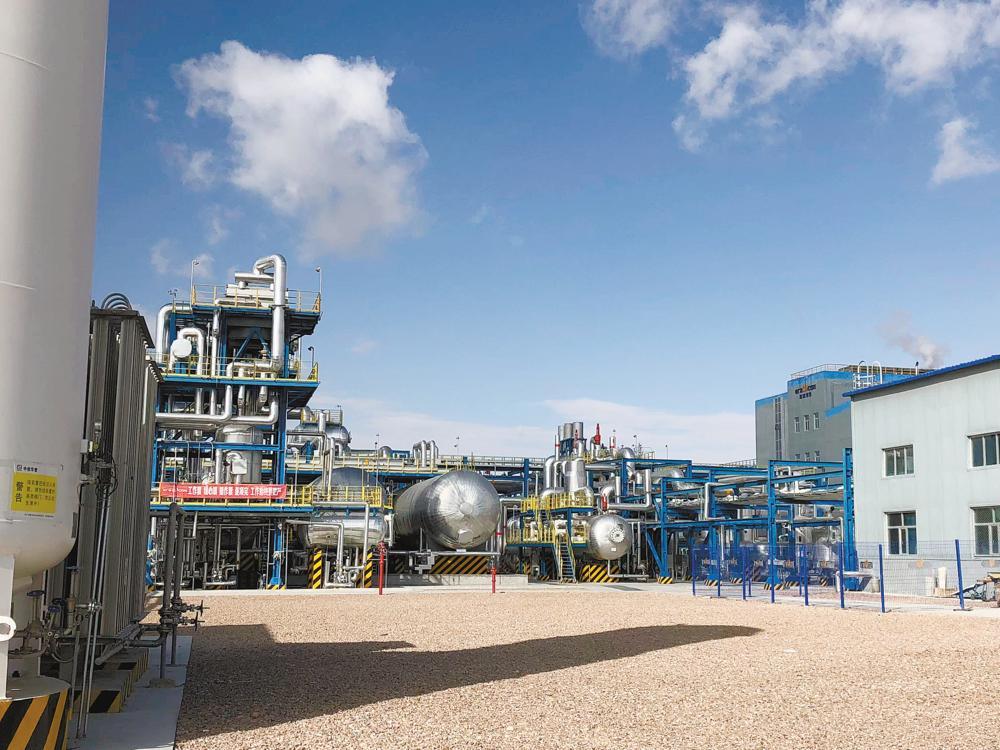 中广核太阳能德令哈公司厂区一角。苏烽 摄
