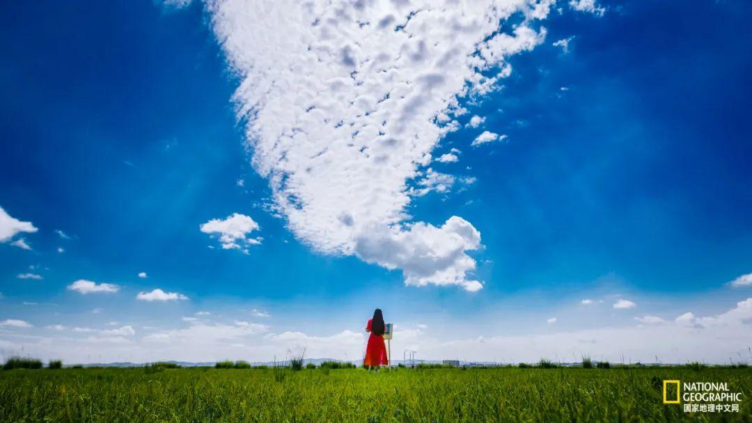 位于呼和浩特和乌兰察布之间,四子王旗境内的格根塔拉草原