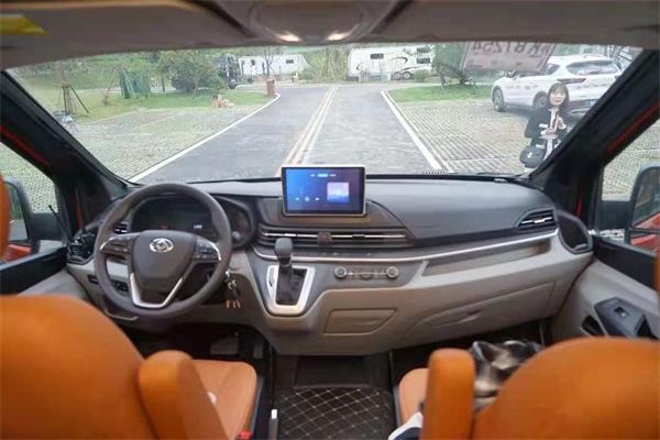 新款越野性B型旅居房车发布 瑞弗R600免焊接改装工艺