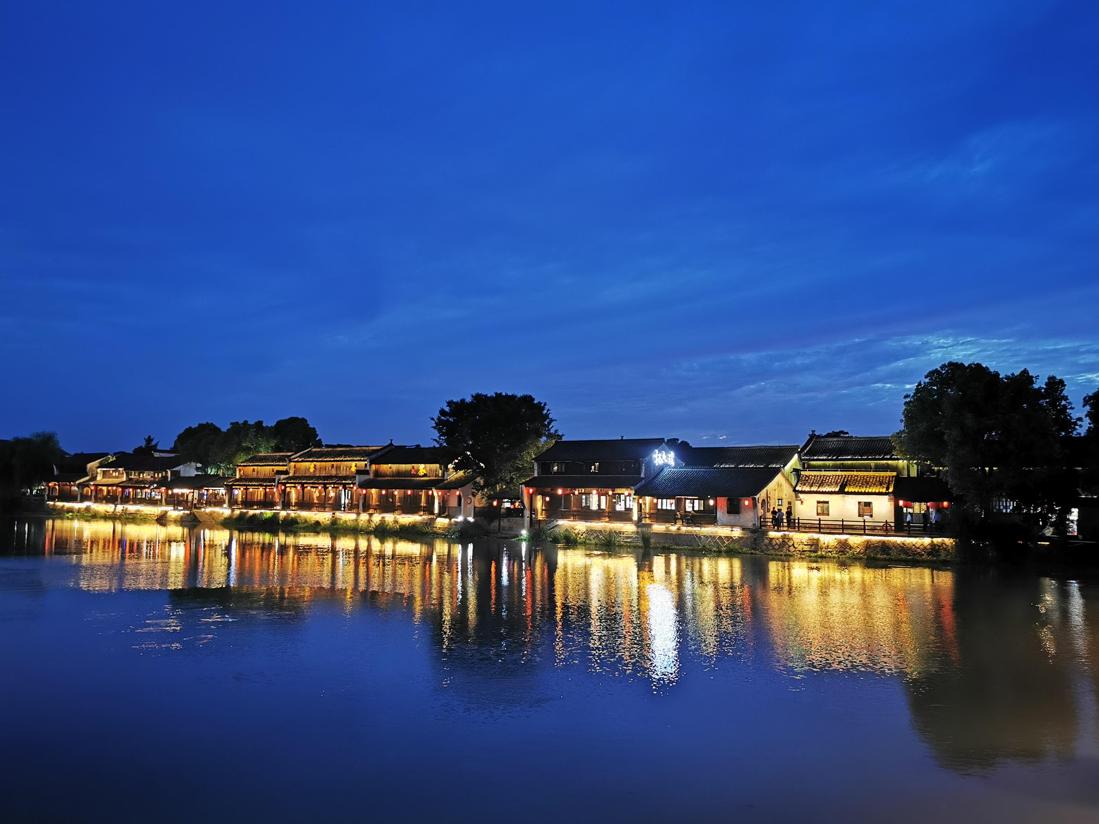杭州塘栖古镇夜景