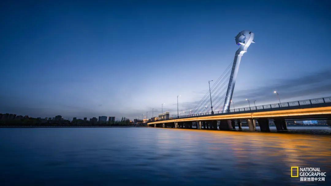 东河马头琴桥,即呼和浩特敕勒川大桥