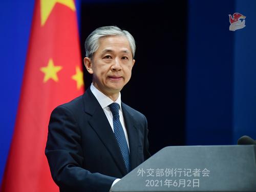 中国军机在南海上空飞行遭马来西亚指责?外交部驳斥