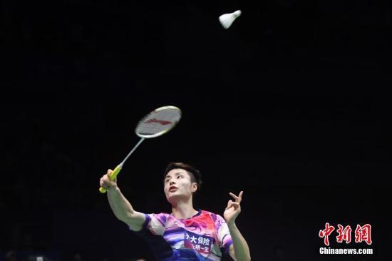 石宇奇在比赛中。中新社记者 俞靖 摄