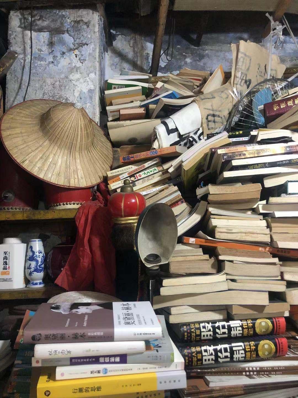 大隐隐于市的古旧书店,是老成都的文化精髓