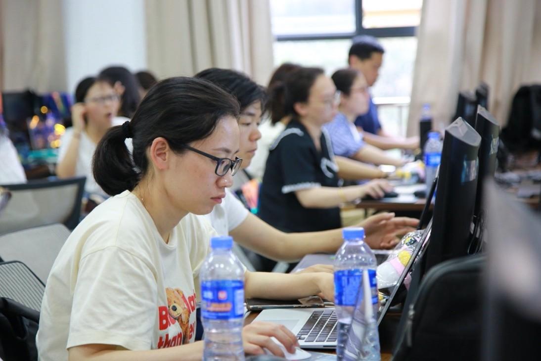 腾讯教育培训人工智能教师 首轮2000余人参加