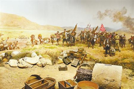 兰州战役纪念馆展出的反映当年兰州民众支援解放兰州部队的油画(翻拍图)