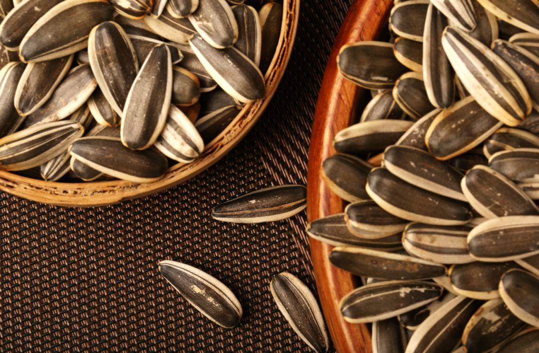 内蒙古磕磕瓜子,0香精、不添加,清香酥脆,好吃不上火