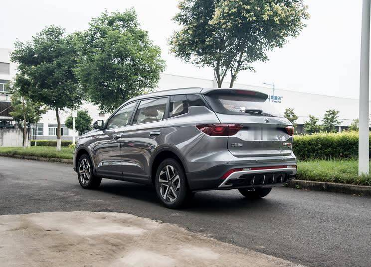 中国重汽VGV VGV U75PLUS 2021款 2.0TGDI 梦幻旅行版 7座