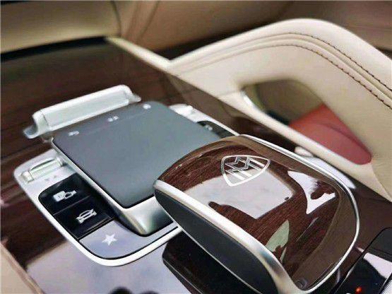 21款迈巴赫GLS600 最新配置行情价格