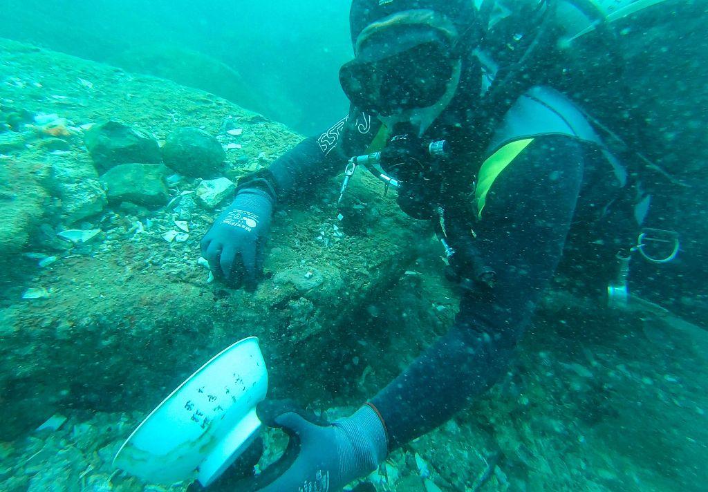新加坡发现两艘海底沉船 内有大量中国古瓷器插图5
