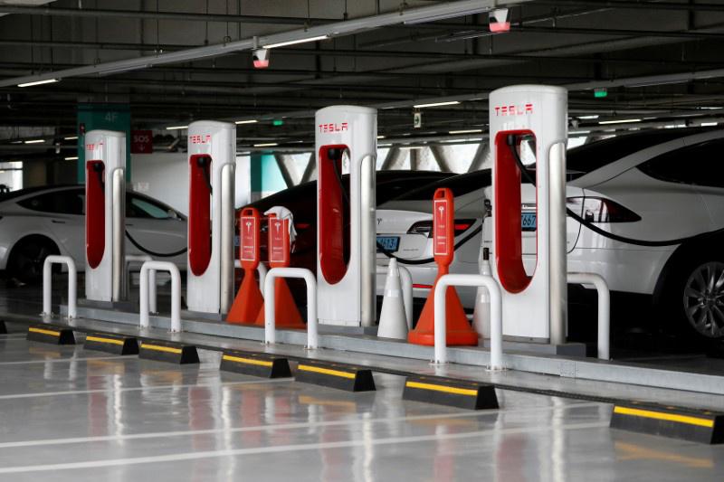 德国劝说特斯拉向其他车企开放充电网络,马斯