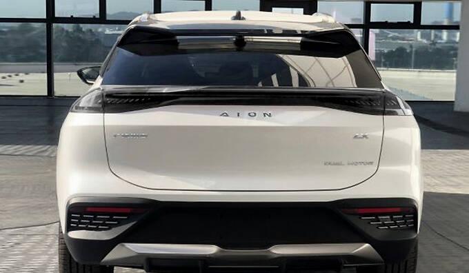 广汽埃安新款AION LX曝光造型更前卫 尺寸更长-图3