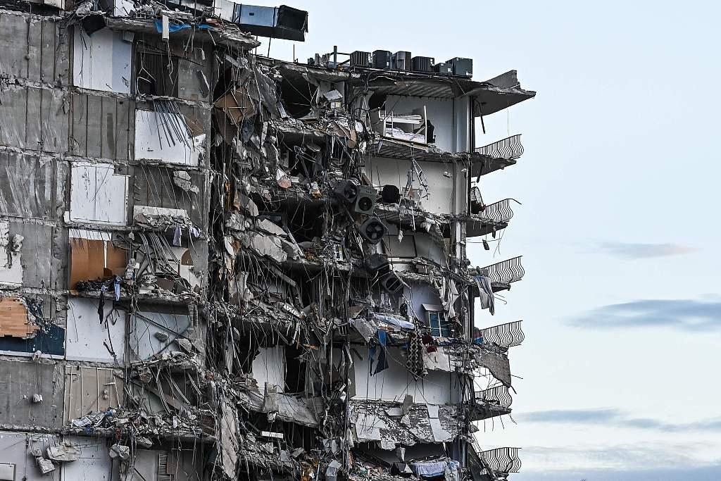 美國公寓倒塌99人失蹤 巴拉圭總統夫人親屬下落不明
