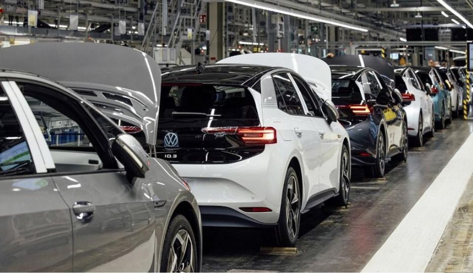 170位科學家上書歐盟,質疑電動車政策