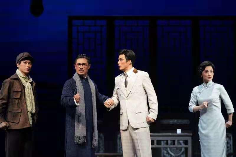 上海京劇院眾多青年演員共同完成了該劇創作