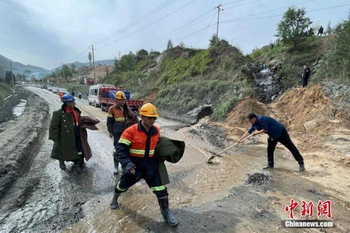 山西代县铁矿透水事故致13死:副县长被免职 15人被刑拘