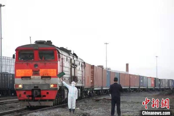"""吉林省对""""一带一路""""沿线国家进出口额迅增"""