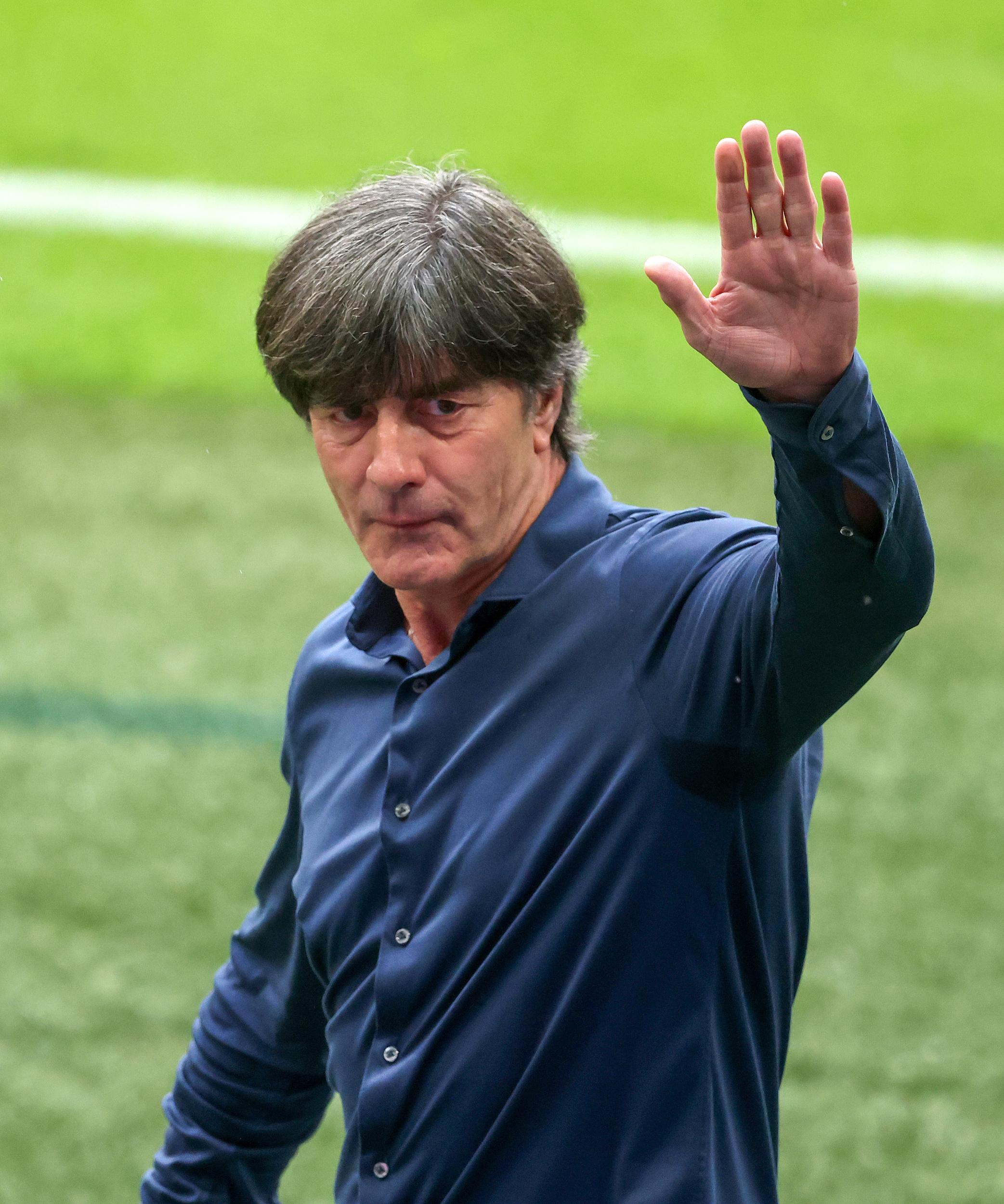 """德国用一场惨痛失利挥别勒夫时代 """"青春风暴""""英格兰迎来真正的快乐"""