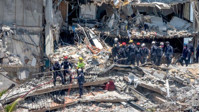 前维修工人:迈阿密垮塌公寓地基20年前已遭海水渗入