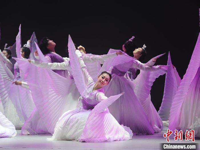 朝鲜族传统节目《幸福阿里郎》 刘栋 摄