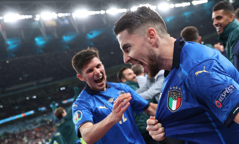 意大利全队空前团结。