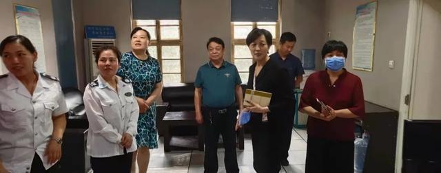 商丘市中心医院院长聂丽一行到市120急救指挥中心考察交流