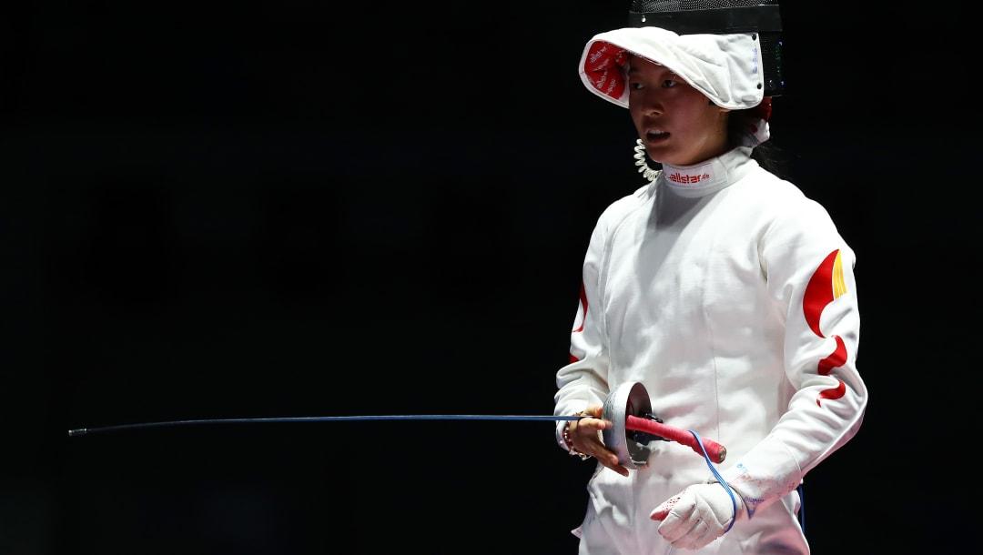 里约奥运女子重剑个人赛半决赛后孙一文揭开面罩