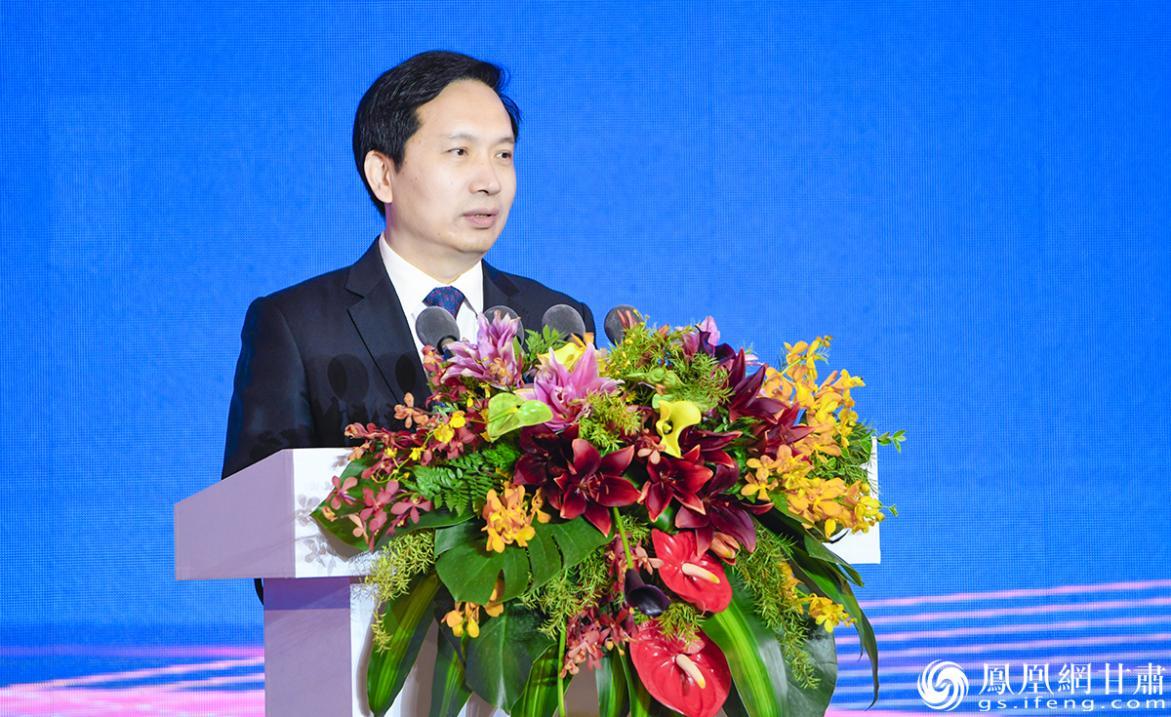 作为本届兰洽会主题省,陕西省长赵一德在开幕式上致辞。杨艺锴 摄