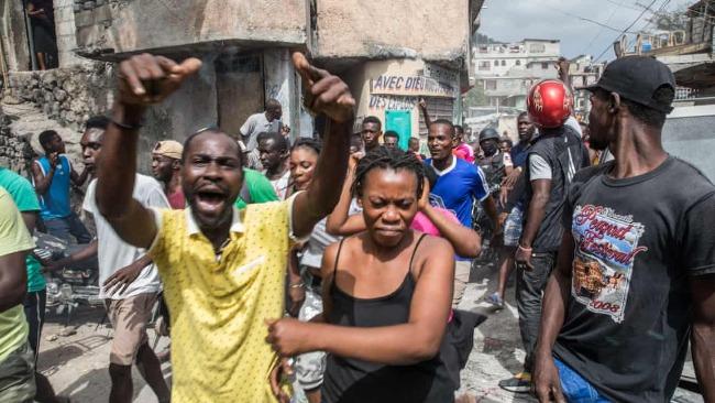暗杀海地总统嫌犯被捕 民众抗议:要把他们烧死!