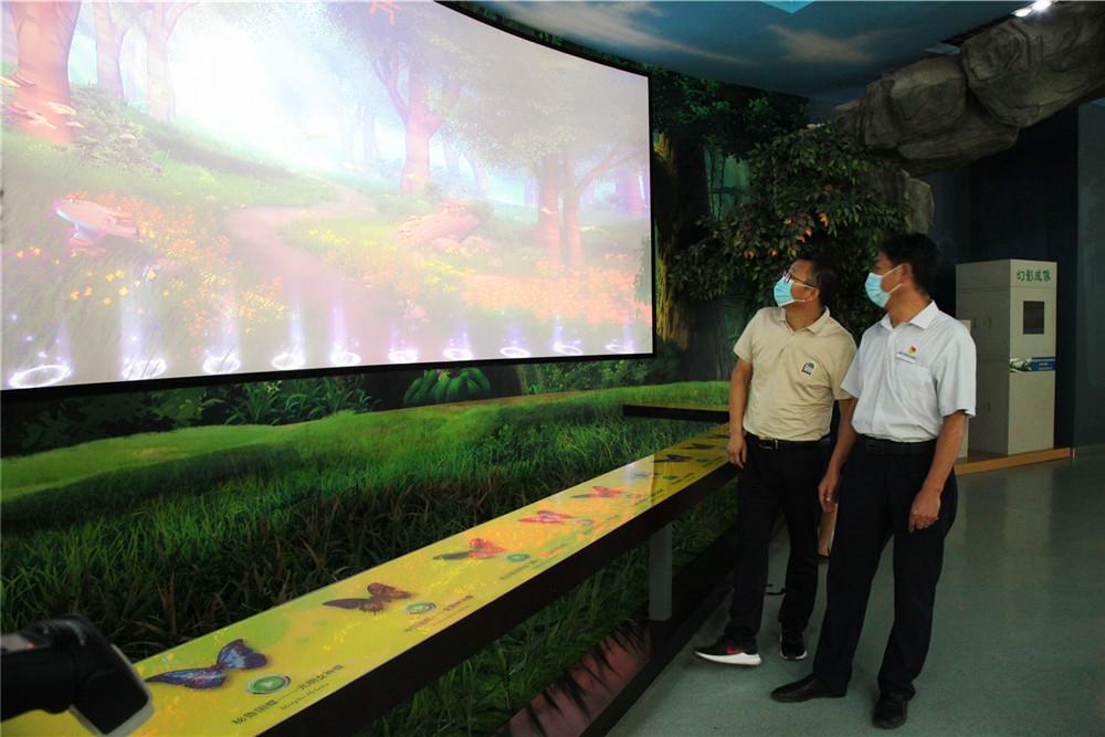 西北农林科技大学稳定安全检查组来西北农林科技大学博览园进行安全检查