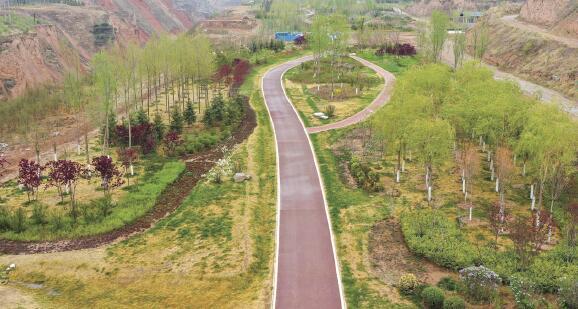 """西宁市郊的""""生态后花园"""""""