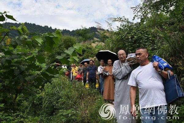 湖南佛慈2021慈善行第八站:资助怀化市沅陵县麻风村村民