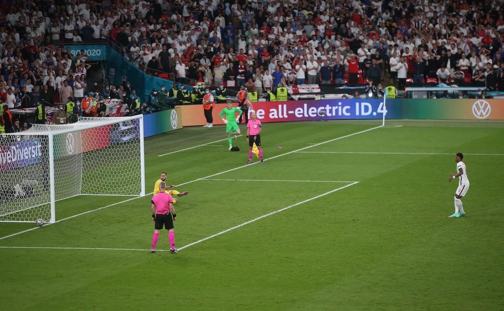 意大利点球大战4-3击败英格兰 时隔53年再夺欧洲杯