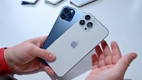 对比苹果12!iPhone 13全系机模抢先亮相:这外形感觉如何?