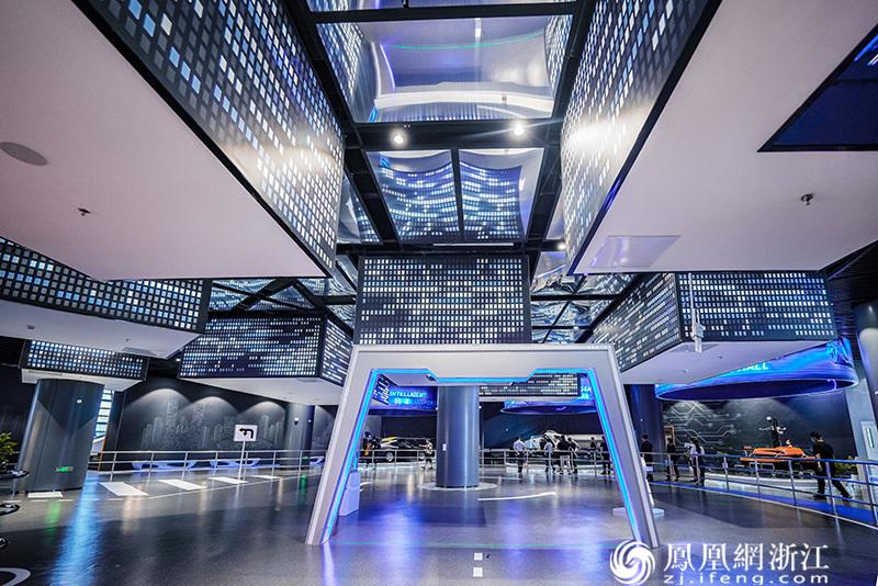 杭州智慧交通馆一楼展示厅 尚天宇 摄