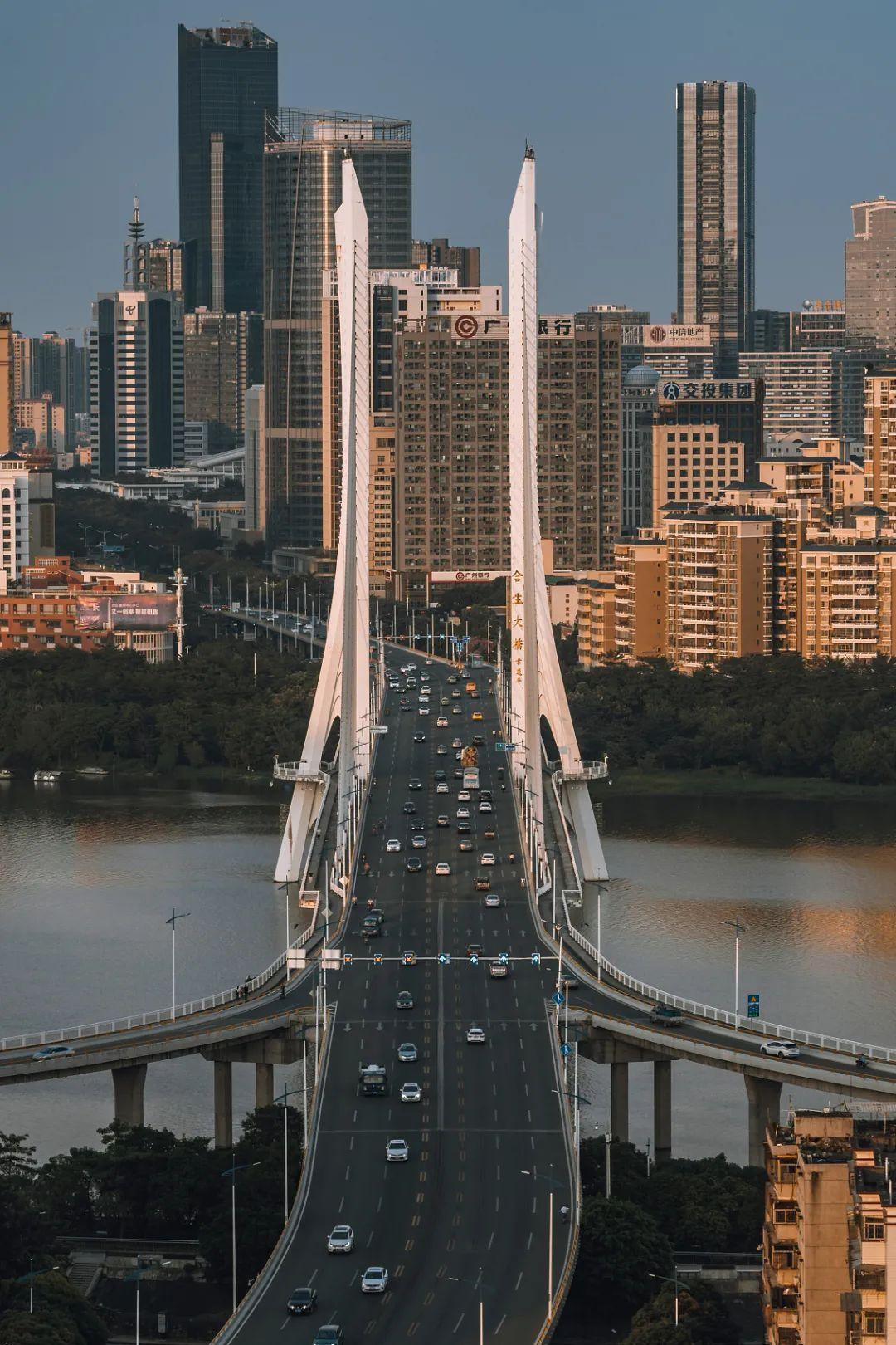 △惠州的石化和数码是支柱产业/视觉中国